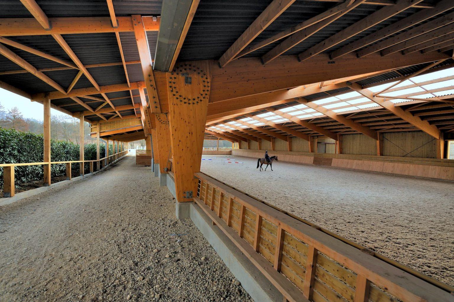 Construction d'un manège chevaux au Haras de Bory (La Boissière-Ecole, 78)