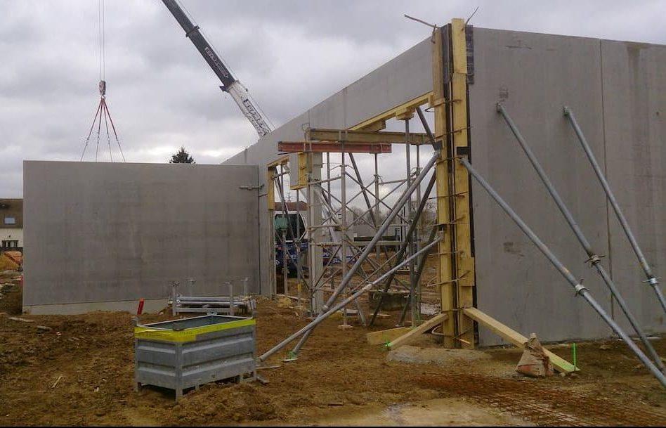 Fondations, maçonnerie et gros oeuvre réalisé par ALM pour la construction d'un gymnase