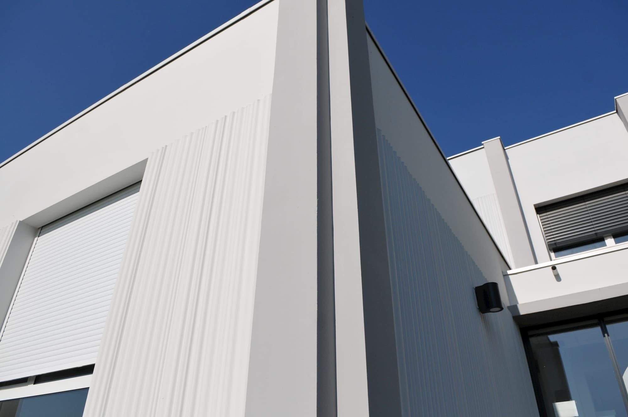 ALM Construction - Murs en béton matricé préfabriqués par la société ACFA